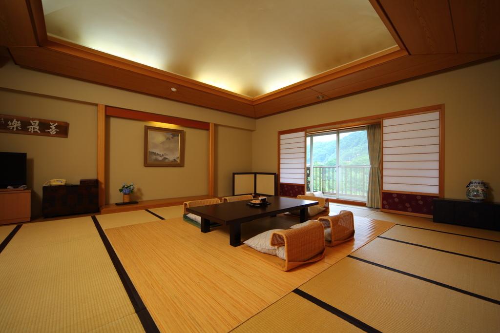 20畳の特別室