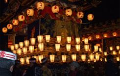 12月3日秩父夜祭 日本三大曳山祭りで有名