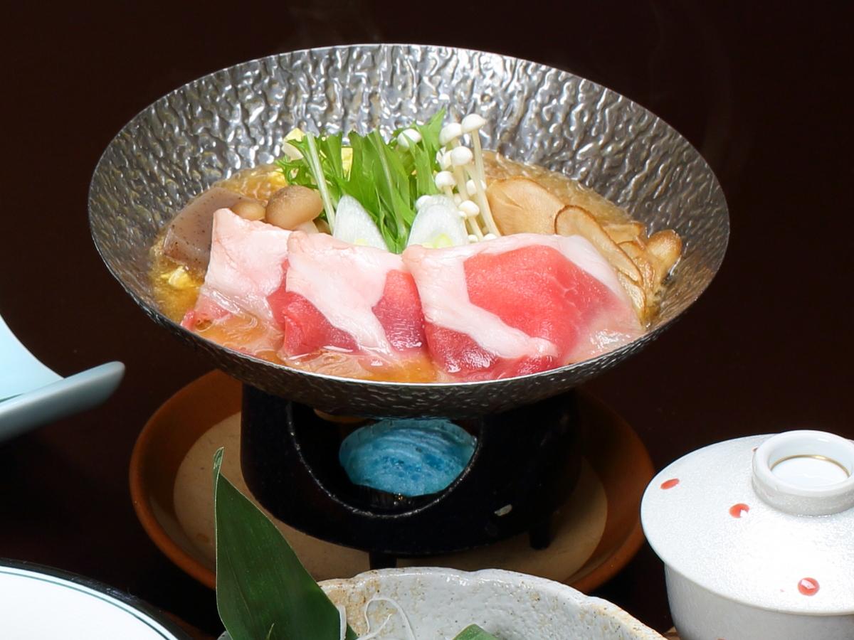 猪肉のぼたん鍋