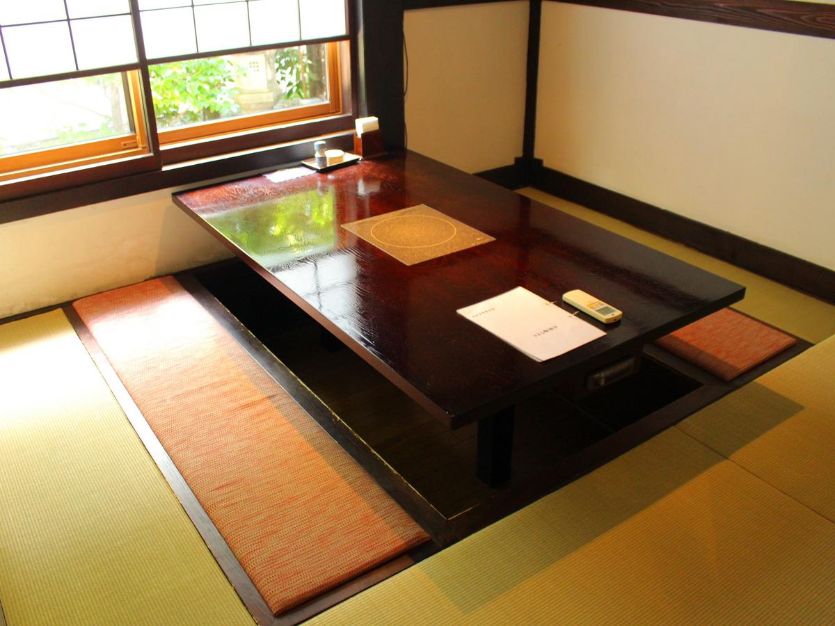 個室一例です。足を伸ばしてゆったりできます。